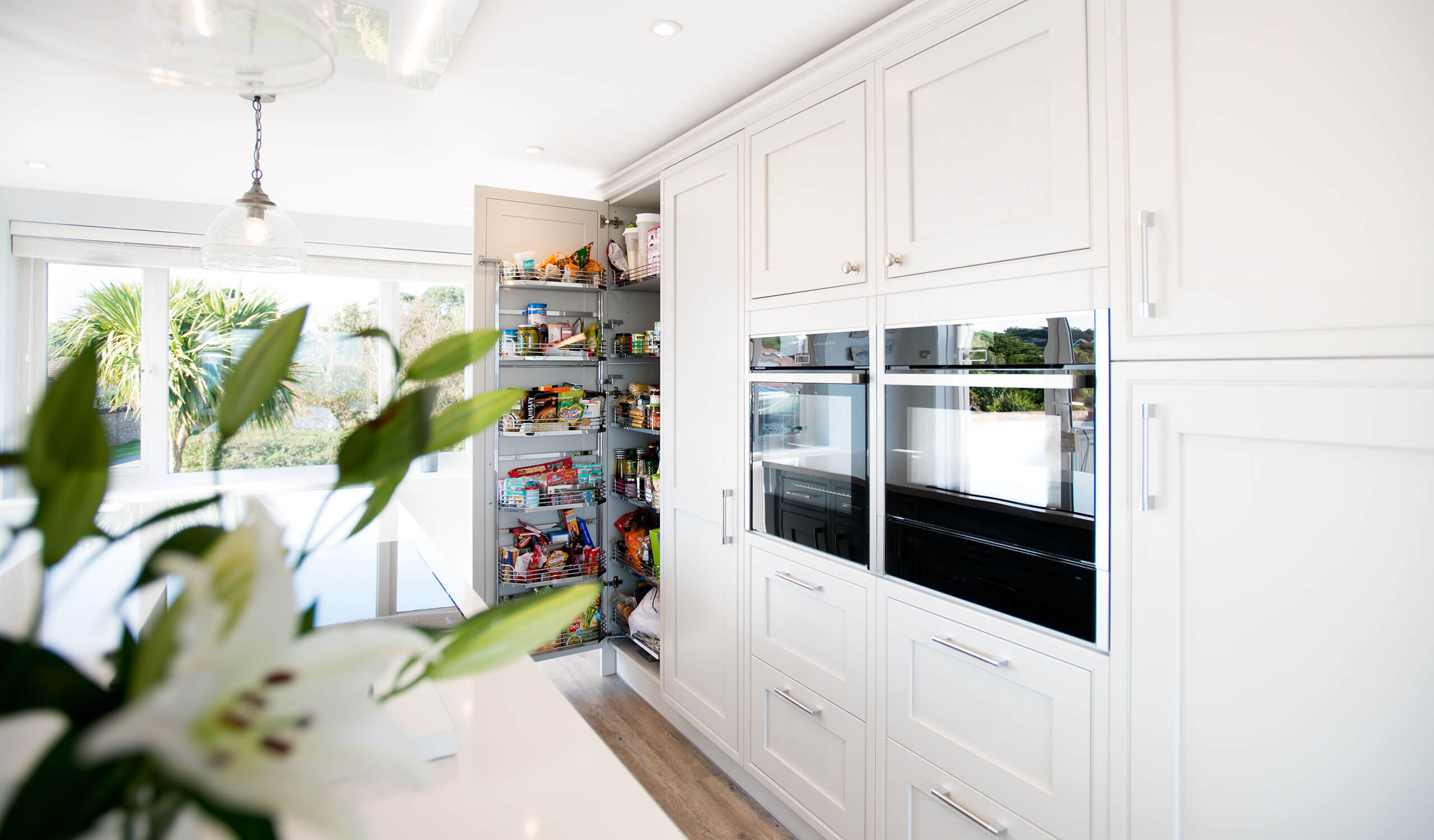 bespoke modern kitchen cooking appliances